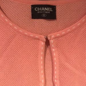 CHANEL Vintage pink sweater